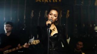 Ooh La La - Đinh Hương