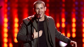 Chains & Levels & Jealous (AMAs 2015) - Nick Jonas