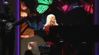 Til It Happens To You (Women In Music 2015) - Lady Gaga