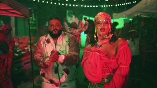 Wild Thoughts - Rihanna, DJ Khaled