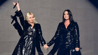 Fall In Line (2018 Billboard Music Awards) - Christina Aguilera, Demi Lovato