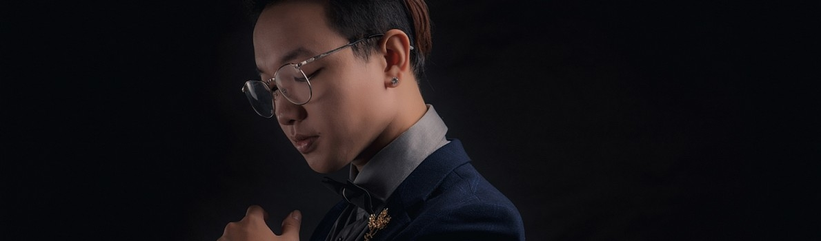 Nguyễn Hoàng Dũng