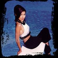 Top những bài hát hay nhất của Candice Phi Phi