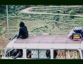Âm nhạc - Bạn đồng hành của những chuyến đi