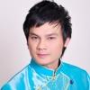 Kim Tiểu Long, Y Phụng