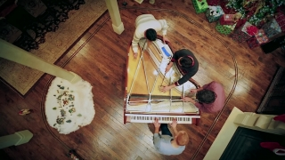 Angels We Have Heard on High - The Piano Guys