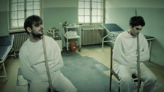 Hysteria - 2CELLOS