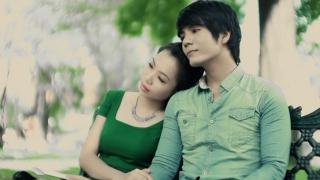 Ba Năm - Gia Ly, Trương Ỹ Vân