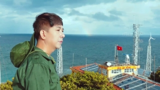 Tổ Quốc Nhìn Từ Biển - Long Nhật