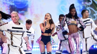 Medley: Love Me Harder & Bang Bang & Break Free (The Victoria's Secret Fashion Show 2014) - Ariana Grande