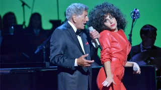 Firefly (Cheek To Cheek Live) - Lady Gaga, Tony Bennett