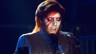 Tribute To David Bowie (Live At The 58th GRAMMYs) - Lady Gaga