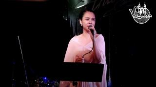Tuổi 13 (Liveshow Khóc Mộng Thiên Đường) - Ngọc Mai