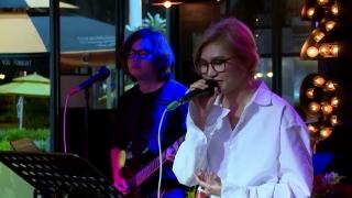 Thèm Yêu (Live) - Vicky Nhung