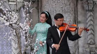 Cánh Bướm Vườn Xuân - Hà Vân