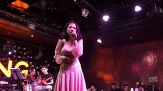 Không Đau Vì Quá Đau (Live) - Phạm Quỳnh Anh