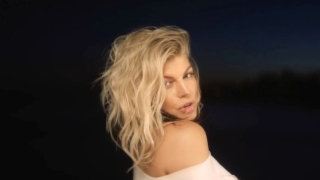 Life Goes On - Fergie