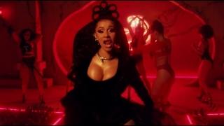 Taki Taki - Selena Gomez, Cardi B, Ozuna, DJ Snake