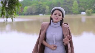 Đừng Nhắc Chuyện Lòng (Tân Cổ) - Hồng Quyên