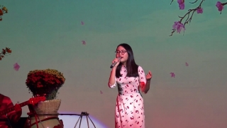 Câu Chuyện Đầu Năm (Live) - Phương Mỹ Chi