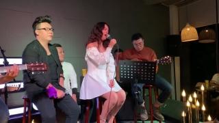 Không Đau Vì Quá Đau (Live) - Hamlet Trương, Phạm Quỳnh Anh