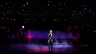 Lặng Lẽ Nơi Này (Liveshow) - Quang Dũng