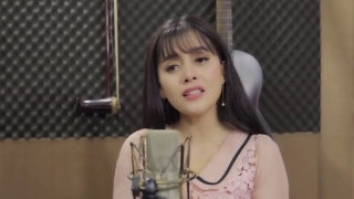 Vùng Lá Me Bay (Cover) - Hồng Quyên