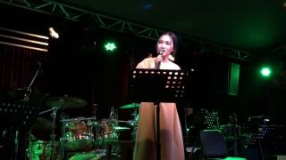 Tình Đầu (Live) - Nguyên Hà