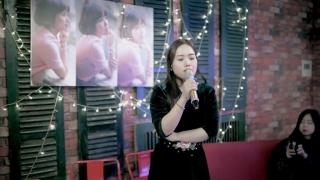 Nàng Thơ Xứ Huế (Live) - Thùy Chi