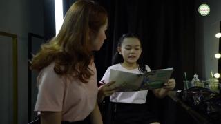 Mẹ Gọi Em Là Bé Mơ - Bé Bào Ngư, Victoria Nguyễn