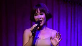 Người Hát Tình Ca (Live) - Uyên Linh