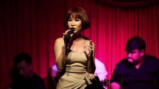 Chưa Bao Giờ (Live) - Uyên Linh