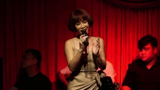 Bài Hát Của Em (Live) - Uyên Linh