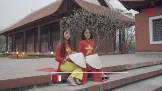 Hello Việt Nam - Khánh An, Linh Phương