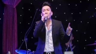 Khi Xưa Ta Bé (Live) - Quang Hà