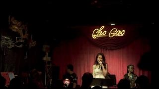 Đêm Lao Xao (Live) - Võ Hạ Trâm