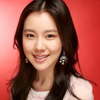 Kim Shin Ah