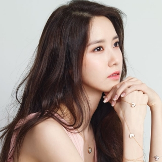 Yoona (Girls' Generation)