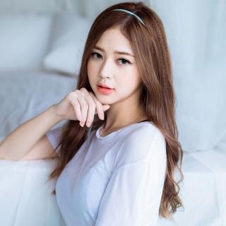 Liz Kim Cương