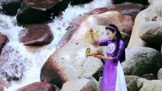 Ngẫu Hứng Sông Hồng - Quỳnh Lê