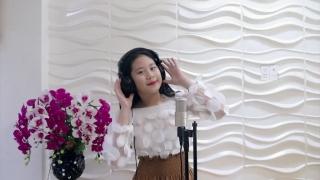 Corona Go Away - Quỳnh Lê