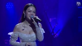 Nợ Ai Đó Cả Thế Giới (Live) - Phạm Quỳnh Anh