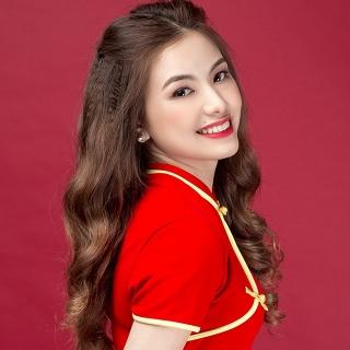 Lyna Thùy Linh