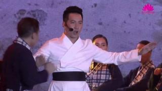 Khí Phách Anh Hùng (Live) - Nguyễn Phi Hùng