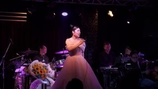 Trống Vắng (Live) - Nguyễn Kiều Oanh