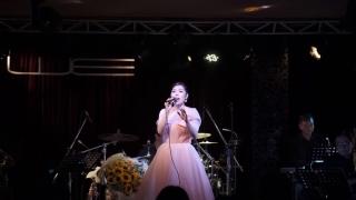 Dĩ Vãng Nhạt Nhòa (Live) - Nguyễn Kiều Oanh