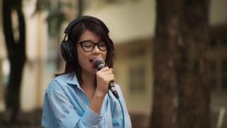 Ngây Ngô (Live) - Hoàng Yến Chibi